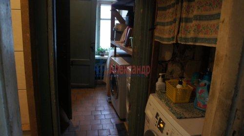 Комната в 9-комнатной квартире (250м2) на продажу по адресу Конторская ул., 14— фото 3 из 14