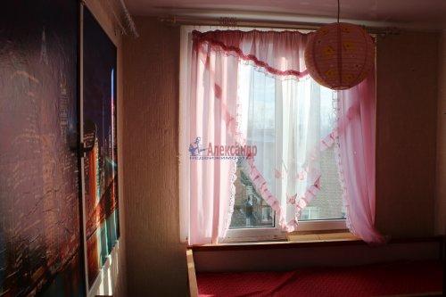 3-комнатная квартира (42м2) на продажу по адресу Свердлова пгт., Микрорайон №2 р-н, 50— фото 5 из 23