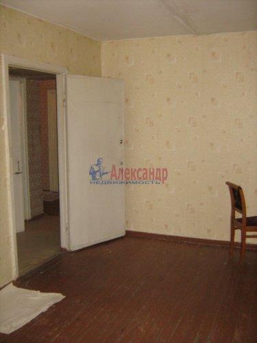 3-комнатная квартира (74м2) на продажу по адресу Кириши г., Строителей ул., 16— фото 8 из 12