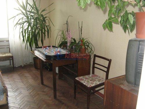 Комната в 3-комнатной квартире (65м2) на продажу по адресу Большой Сампсониевский пр., 74— фото 4 из 10