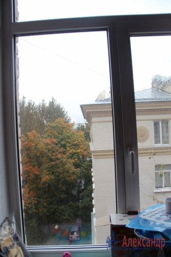 4-комнатная квартира (93м2) на продажу по адресу Полярников ул., 5— фото 7 из 16