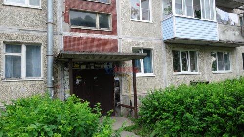 2-комнатная квартира (44м2) на продажу по адресу Гостилицы дер., Школьная ул., 6— фото 2 из 8