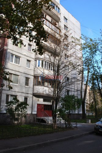 3-комнатная квартира (63м2) на продажу по адресу Наличная ул., 40— фото 7 из 7
