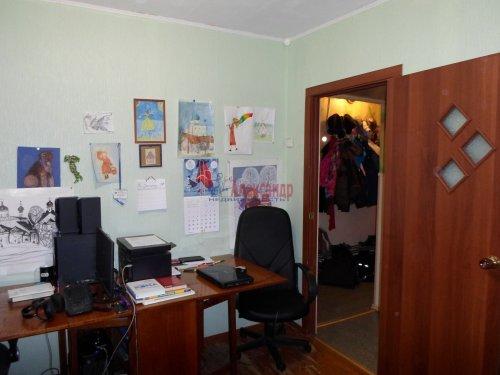 2-комнатная квартира (44м2) на продажу по адресу Коммунар г., Советская ул., 8— фото 4 из 6