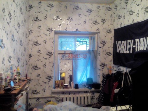 Комната в 4-комнатной квартире (74м2) на продажу по адресу Пирогова пер., 16— фото 4 из 7