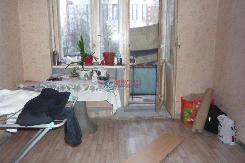 Комната в 3-комнатной квартире (73м2) на продажу по адресу Светлановский просп., 66— фото 3 из 7