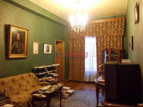 4-комнатная квартира (120м2) на продажу по адресу Невский пр., 107— фото 4 из 11