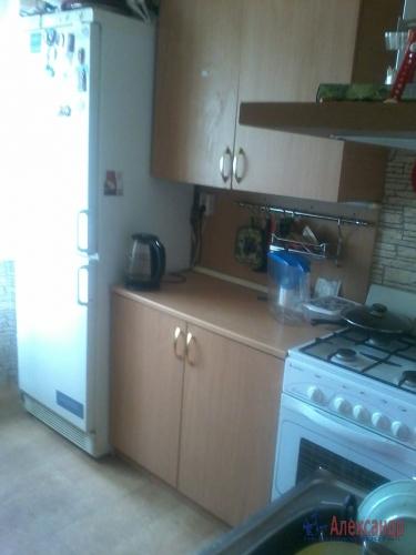 3-комнатная квартира (63м2) на продажу по адресу Академика Байкова ул., 11— фото 7 из 9