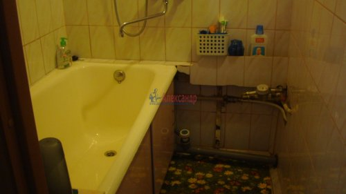1-комнатная квартира (37м2) на продажу по адресу Маршала Жукова пр., 47— фото 8 из 13