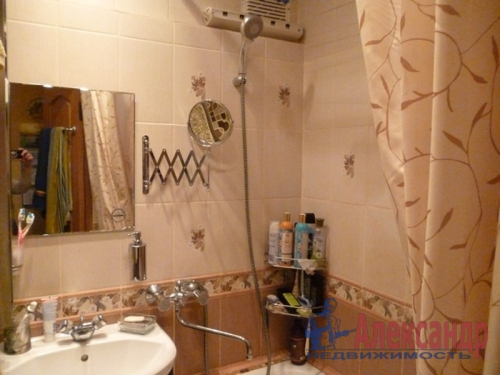 2-комнатная квартира (48м2) на продажу по адресу Всеволожск г., Плоткина ул., 15— фото 10 из 12