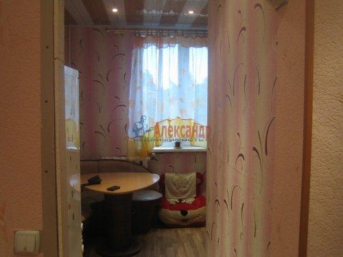 3-комнатная квартира (69м2) на продажу по адресу Рябово пос.— фото 2 из 5