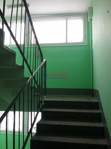 2-комнатная квартира (45м2) на продажу по адресу Ярослава Гашека ул., 10— фото 12 из 15