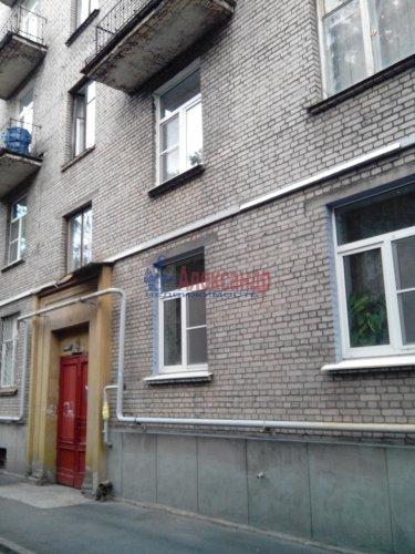 Комната в 3-комнатной квартире (80м2) на продажу по адресу 17 линия В.О., 8— фото 1 из 7