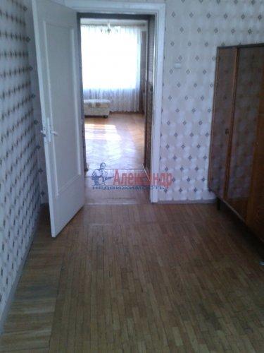 4-комнатная квартира (73м2) на продажу по адресу Купчинская ул., 20— фото 8 из 14