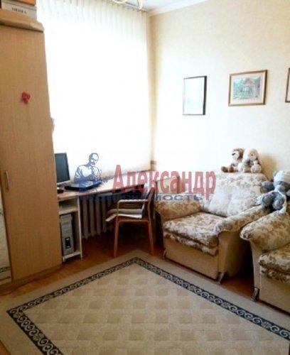 3-комнатная квартира (72м2) на продажу по адресу Выборг г., Южный Вал ул., 26— фото 4 из 4