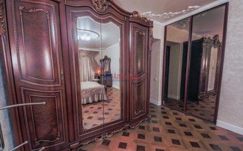 3-комнатная квартира (106м2) на продажу по адресу Комендантский пр., 11— фото 5 из 16