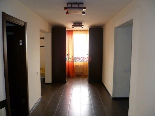 4-комнатная квартира (146м2) на продажу по адресу Кораблестроителей ул., 30— фото 7 из 25