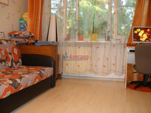 2-комнатная квартира (45м2) на продажу по адресу Брянцева ул., 8— фото 3 из 4