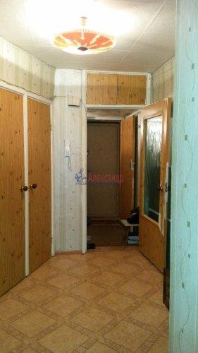 1-комнатная квартира (39м2) на продажу по адресу Пискаревский пр., 52— фото 4 из 11