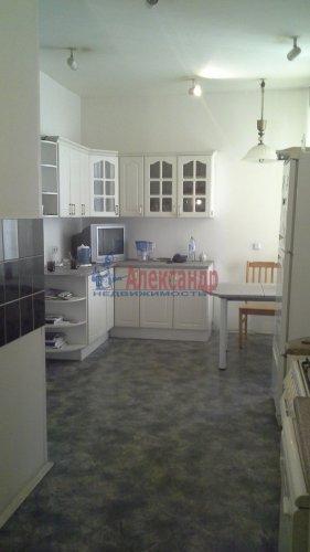 3-комнатная квартира (96м2) на продажу по адресу Караванная ул., 8— фото 1 из 8