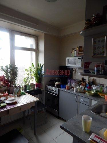 2-комнатная квартира (52м2) на продажу по адресу Тимуровская ул., 4— фото 4 из 10