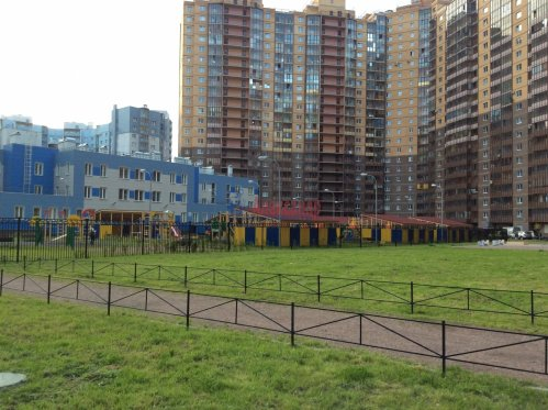 1-комнатная квартира (54м2) на продажу по адресу Лыжный пер., 8— фото 1 из 6