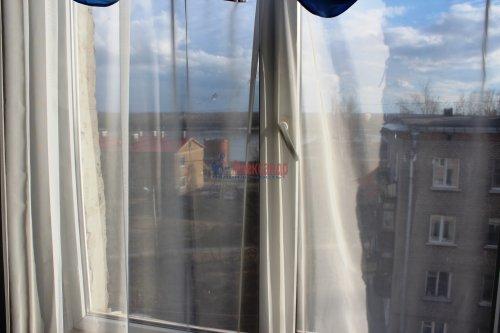 3-комнатная квартира (42м2) на продажу по адресу Свердлова пгт., Микрорайон №2 р-н, 50— фото 8 из 23