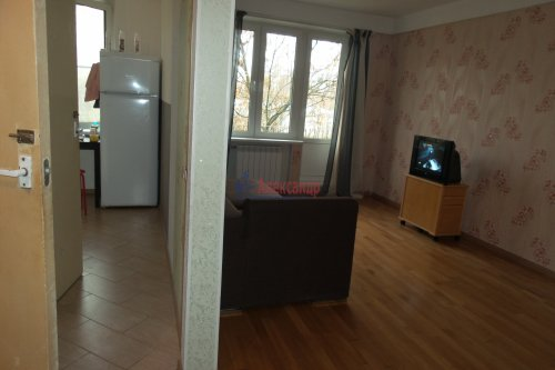 3-комнатная квартира (57м2) на продажу по адресу Народного Ополчения пр., 227— фото 10 из 18