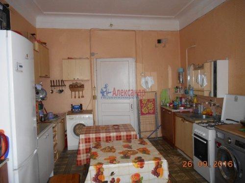 Комната в 5-комнатной квартире (198м2) на продажу по адресу Курская ул., 13— фото 6 из 13