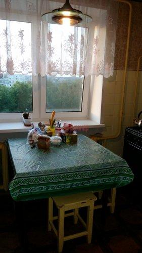 2-комнатная квартира (52м2) на продажу по адресу Кузьмоловский пгт., Молодёжная ул., 13А— фото 5 из 9