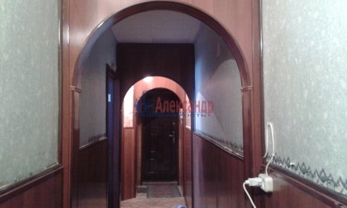 2-комнатная квартира (44м2) на продажу по адресу Кузнечное пгт., Приозерское шос., 7— фото 1 из 20