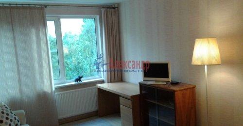 1-комнатная квартира (31м2) на продажу по адресу Учительская ул., 12— фото 3 из 12