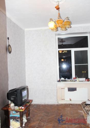 4-комнатная квартира (93м2) на продажу по адресу Полярников ул., 5— фото 15 из 16