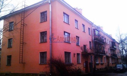 Комната в 3-комнатной квартире (78м2) на продажу по адресу Стрельна г., Кропоткинская ул., 2— фото 2 из 5