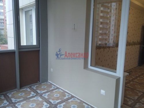 2-комнатная квартира (80м2) на продажу по адресу Просвещения просп., 99— фото 6 из 13