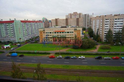 2-комнатная квартира (55м2) на продажу по адресу Ильюшина ул., 1— фото 4 из 9