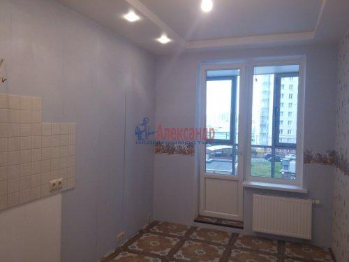 2-комнатная квартира (80м2) на продажу по адресу Просвещения просп., 99— фото 9 из 13