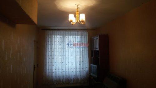 1-комнатная квартира (38м2) на продажу по адресу Брянцева ул., 15— фото 9 из 13