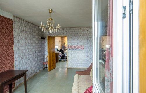 3-комнатная квартира (65м2) на продажу по адресу Купчинская ул., 33— фото 3 из 18
