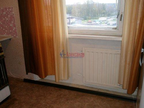 1-комнатная квартира (34м2) на продажу по адресу Кировск г., Пионерская ул., 3— фото 11 из 15
