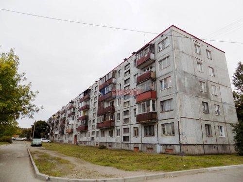 1-комнатная квартира (30м2) на продажу по адресу Выборг г., Ленинградское шос., 37— фото 1 из 13