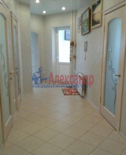 3-комнатная квартира (108м2) на продажу по адресу Луначарского пр., 11— фото 2 из 14