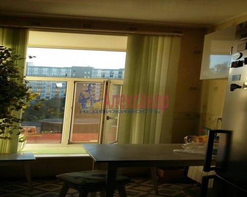 2-комнатная квартира (60м2) на продажу по адресу Большая Зеленина ул., 26— фото 3 из 8