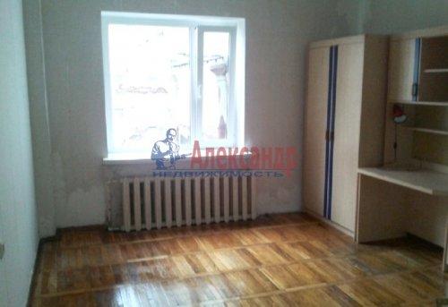 3-комнатная квартира (72м2) на продажу по адресу Выборг г.— фото 3 из 5