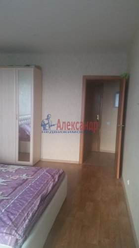 1-комнатная квартира (35м2) на продажу по адресу Маршала Казакова ул., 68— фото 4 из 14
