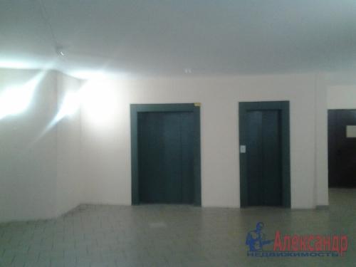 2-комнатная квартира (60м2) на продажу по адресу Беринга ул., 23— фото 3 из 14