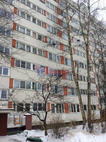 1-комнатная квартира (31м2) на продажу по адресу Луначарского пр., 70— фото 1 из 5