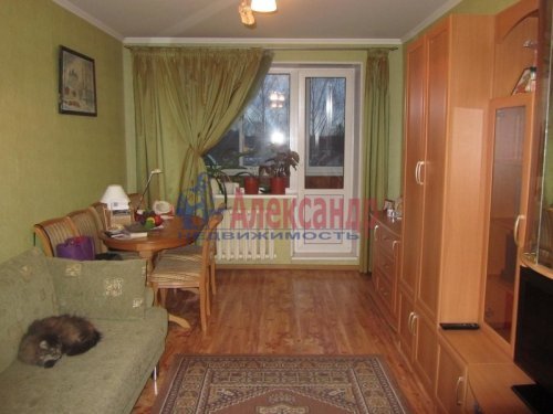 3-комнатная квартира (75м2) на продажу по адресу Всеволожск г., Плоткина ул., 7— фото 1 из 4