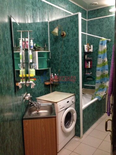 Комната в 16-комнатной квартире (428м2) на продажу по адресу Каменноостровский пр., 44— фото 6 из 11