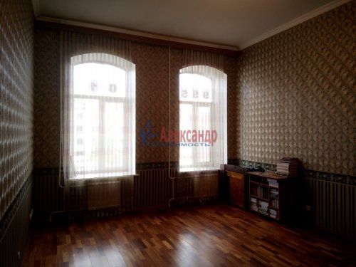 1-комнатная квартира (60м2) на продажу по адресу Литейный пр., 30— фото 1 из 3